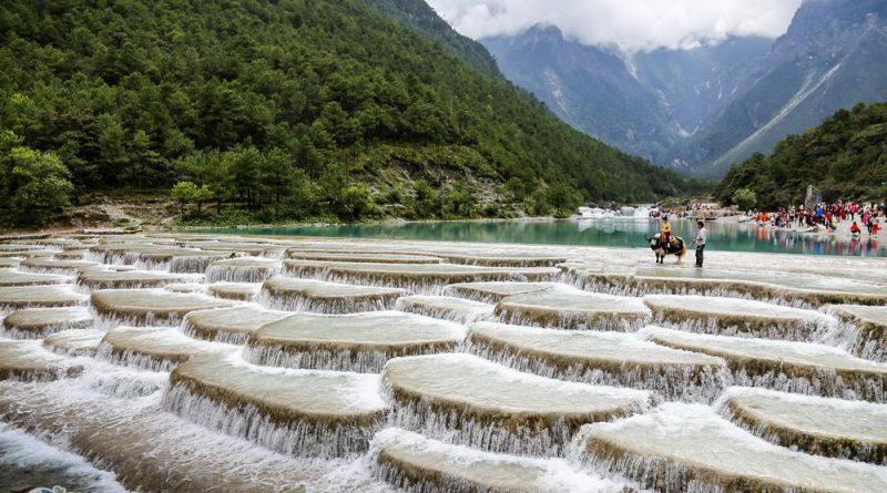 รีวิวจัดเต็ม คุนหมิง ลี่เจียง แชงกรีล่า : [Part 2.2 – ภูเขาหิมะมังกรหยก & ไป่สุยเหอ ที่สุดแห่งความงามทางธรรมชาติ]